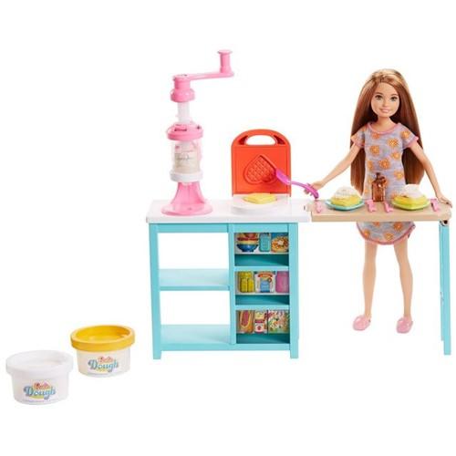 Tudo sobre 'Barbie Stacie Estação de Doces Mattel Rosa'