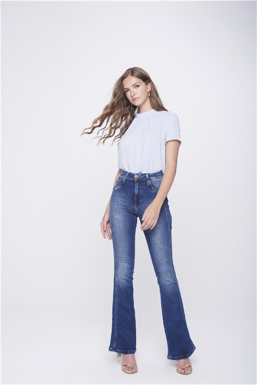 Tudo sobre 'Calça Boot Cut Jeans Detalhe Lateral'