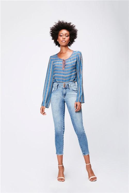 Calça Jeans Cropped com Cintura Alta