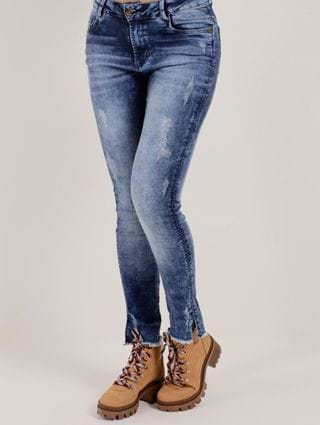 Tudo sobre 'Calça Jeans Feminina Bivik Azul'