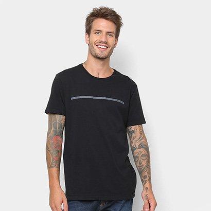 Tudo sobre 'Camiseta Calvin Klein Estampa Básica Masculina'