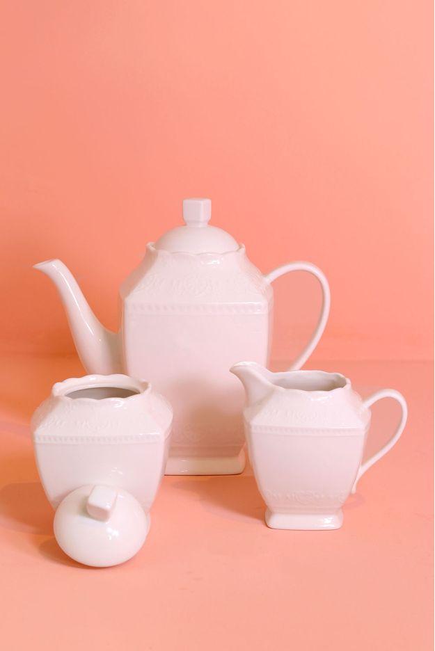 Tudo sobre 'Conjunto com 3 Peças para Café de Porcelana'