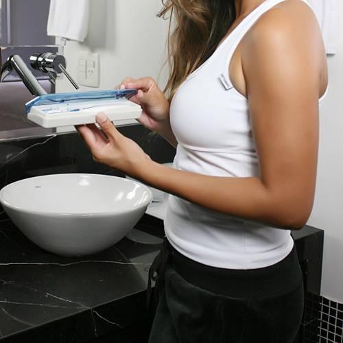 Tudo sobre 'Esterilizador Portátil de Escova Dental - Azul - Relaxmedic'