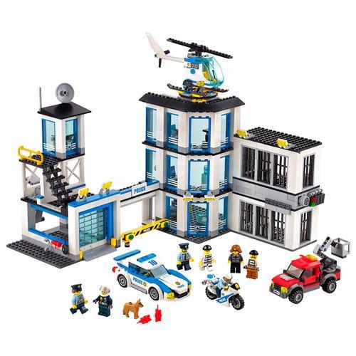 Tudo sobre 'Lego City - Esquadra de Polícia'