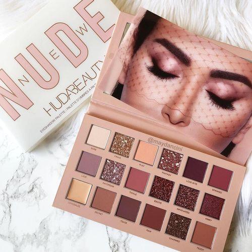 Tudo sobre 'Paleta de Sombras Huda Beauty Nude'