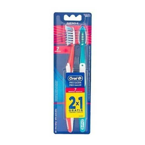 Tudo sobre 'Oral B Pro Saúde 7 Benefícios Escova Dental C/2'