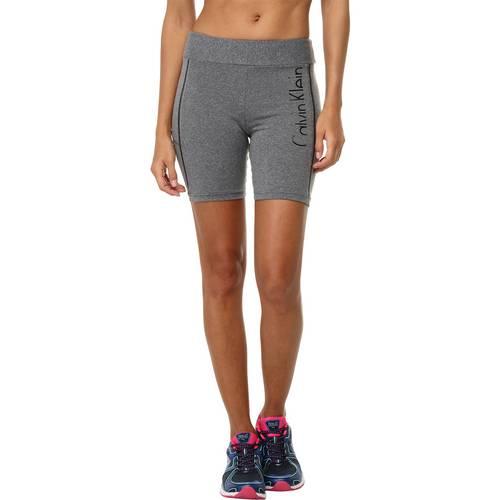 Tudo sobre 'Shorts Calvin Klein Jeans Recortes'