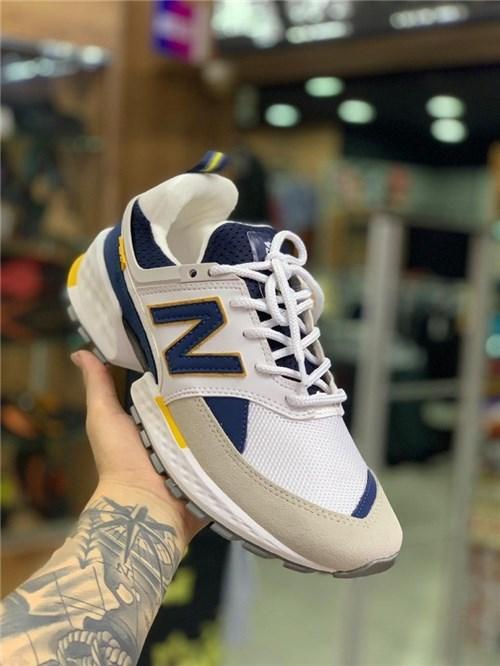 Tênis New Balance 574 (38)