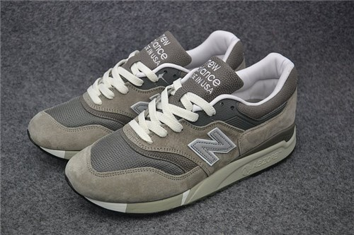 Tênis New Balance 997 (34)
