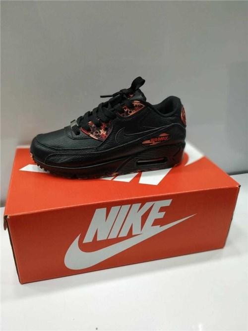 Tênis Nike Air Max 90 Leather Feminino (Preto, 34)