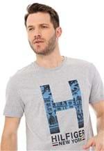 Ficha técnica e caractérísticas do produto Camiseta Tommy Hilfiger New York Cinza