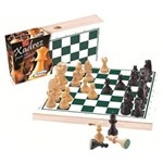 Ficha técnica e caractérísticas do produto Jogo de Xadrez com Peças de Madeira