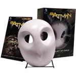 Livro - Batman: The Court Of Owls Mask And Book Set
